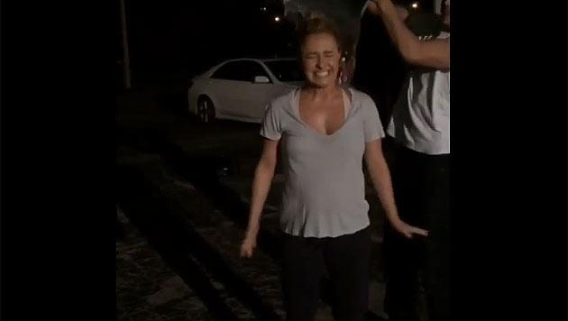 """Hayden Panettiere verrät ihr süßes Geheimnis, in dem sie ihr Baby für die """"Challenge"""" nominiert. (Bild: youtube.com/Ice Bucket Challenge)"""