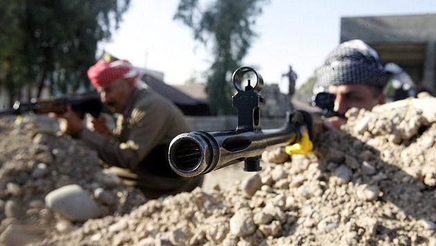 """Wer früher """"Terrorist"""" war, gilt im Kampf gegen den IS als Verbündeter des Westens. (Bild: APA/EPA/MOHAMMED JALIL)"""
