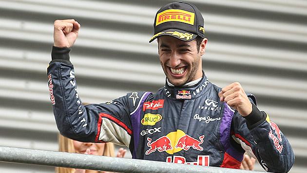 Sieg in Spa - Ricciardo überflügelt Mercedes (Bild: APA/EPA/OLIVIER HOSLET)