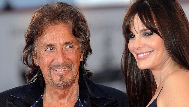 Italo-New-Yorker: Al Pacino mit Partnerin Lucila Sola. (Bild: EPA/CLAUDIO ONORATI)