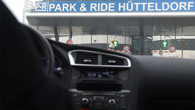 Wien: Park-and-ride wird ab Montag teurer (Bild: APA/HARALD SCHNEIDER)