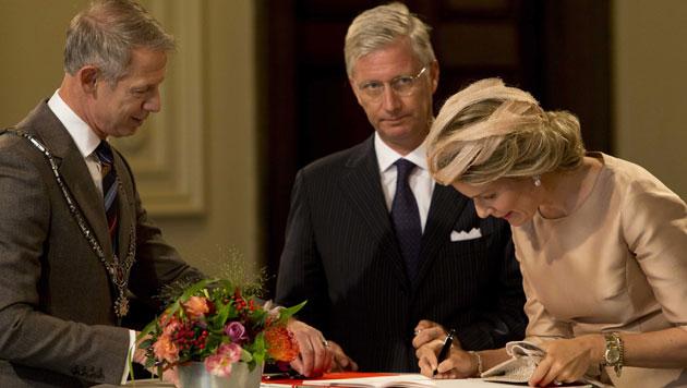 Ebenso wie König Philippe und Königin Mathilde von Belgien, ... (Bild: EPA)
