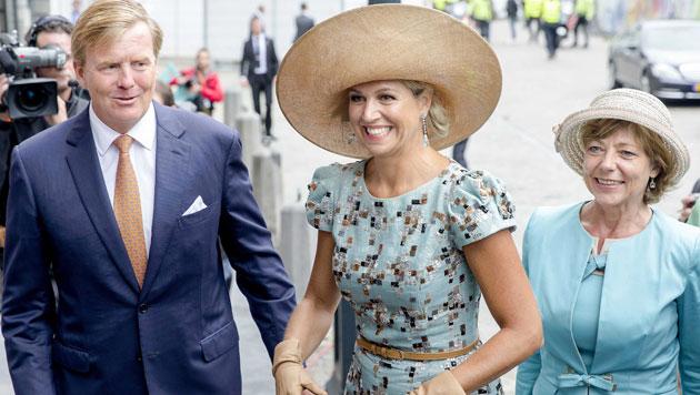 Willem-Alexander und Maxima mit Daniela Schadt, der Lebensgefährtin von Deutschlands Präsident Gauck (Bild: EPA)