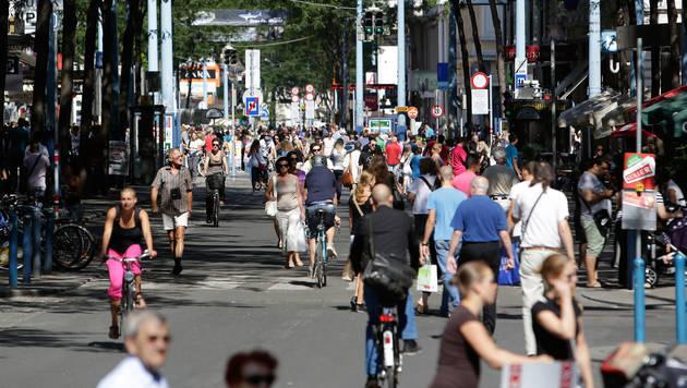 Wiens Bevölkerung wächst und wächst. (Bild: APA/GEORG HOCHMUTH)