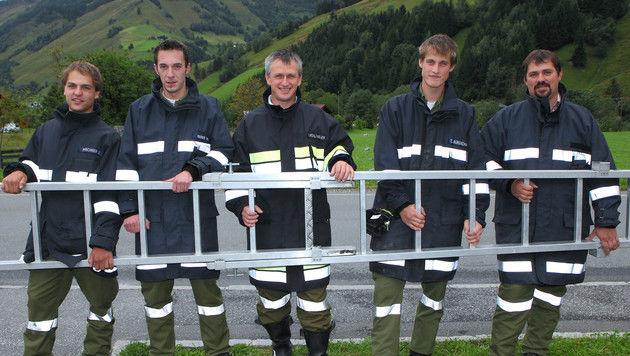 Die mutigen Retter: B. Pirchner, C. Rainer, H. Mühlthaler, T. Burgschwaiger und K. Schwaiger (Bild: Niki Faistauer)