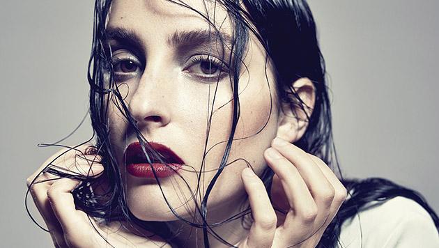 Banks zeigt auf ihrem Debüt göttlichen Electro-Pop (Bild: Universal Music)