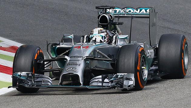 Lewis Hamilton holt sich in Monza Poleposition (Bild: AP)