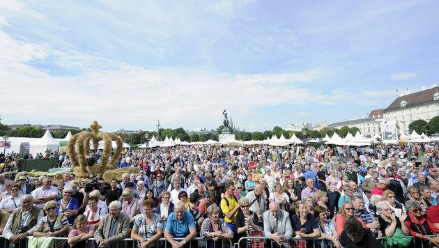 340.000 Menschen kamen zum Wiener Erntedankfest. (Bild: APA/HERBERT P. OCZERET)