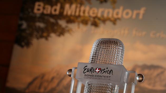 """Der """"Eurovision Song Contest""""-Pokal war in Bad Mitterndorf auch dabei. (Bild: Jürgen Radspieler)"""