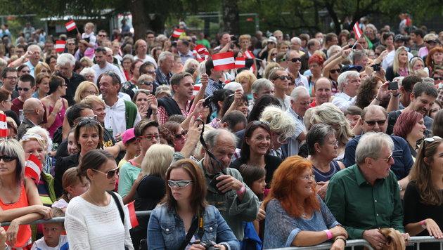 Rund 1.500 Menschen strömten zu Conchitas Heim-Konzert. (Bild: Jürgen Radspieler)