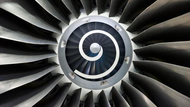 Forscher wollen Fluglärm mit Lautsprechern senken (Bild: APA/dpa-Zentralbild/Patrick Pleu)