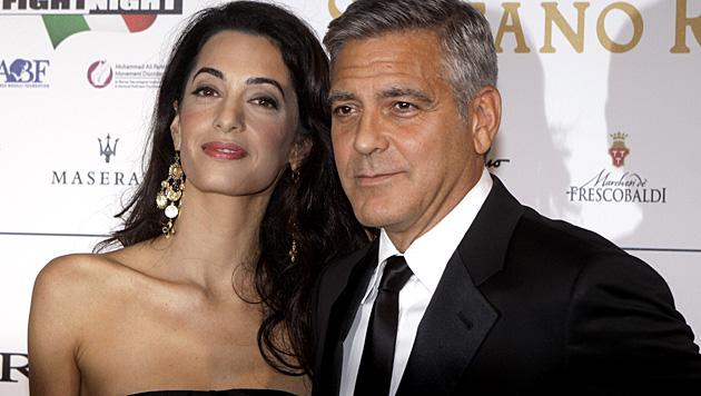 George Clooney will Amal Alamuddin in wenigen Wochen das Jawort geben. (Bild: AP)