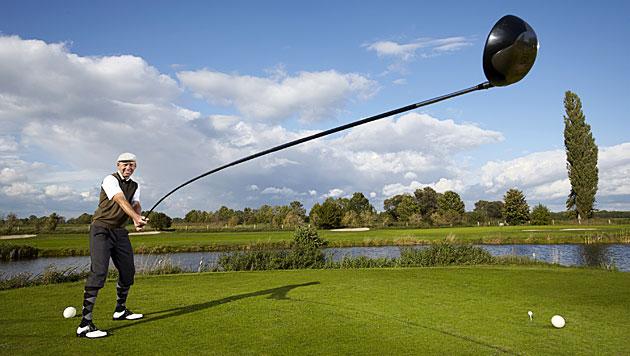 4,37 Meter: Der längste Golfschläger der Welt (Bild: Guinness World Records/Ranald Mackechnie)