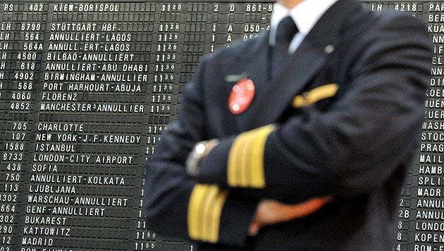 Erneut streiken die Piloten bei der Lufthansa - viele Flüge müssen gestrichen werden. (Bild: APA/dpa)