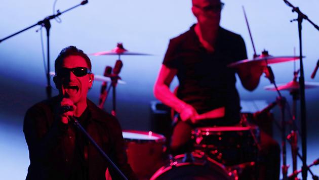 Neues U2-Album kostenlos bei iTunes (Bild: APA/EPA/Monica Davey)