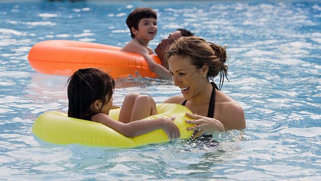 Tipps für den Thermenaufenthalt mit Kindern (Bild: thinkstockphotos.de)