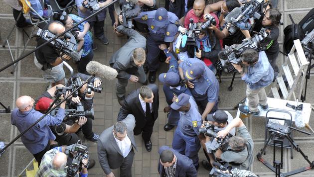 Riesiger Medienandrang (Bild: AP)