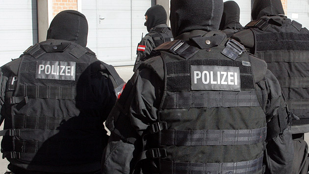 """Mann nahm """"Ex"""" als Geisel - in Wohnung verschanzt (Bild: Andi Schiel (Symbolbild))"""