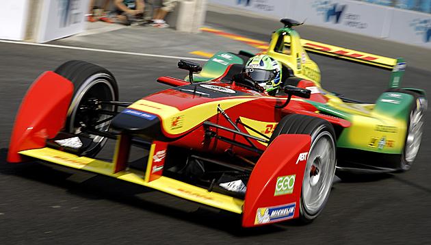 Di Grassi gewinnt Formel-E-Premiere in Peking (Bild: AP)