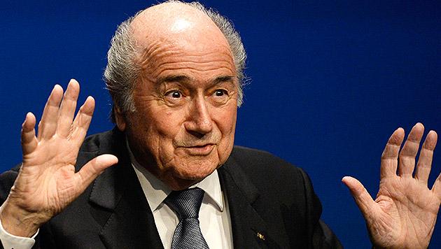 FIFA-Präsident Sepp Blatter (Bild: APA/EPA/STEFFEN SCHMIDT)