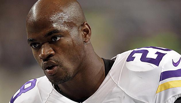 NFL-Profi unter Verdacht der Kindesmisshandlung (Bild: AP)