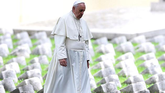 """Papst Franziskus: """"Dritter Weltkrieg im Gange"""" (Bild: AP)"""