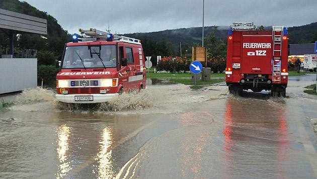 Feuerwehreinsatz im Großraum Feldbach in der Steiermark (Bild: APA/LFV/MEIER)