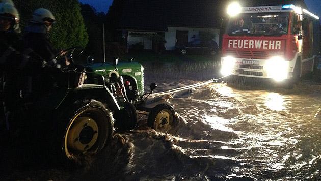 Überflutungen im steirischen Bezirk Leibnitz (Bild: APA/BFV LEIBNITZ)