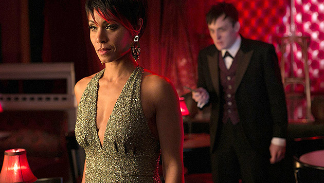 "Jada Pinkett-Smith als Fish Mooney mit Newcomer Robin Lord Taylor als Oswald Cobblepot in ""Gotham"" (Bild: AP)"