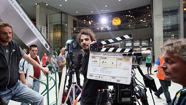 Dreharbeiten in WIEN MITTE The Mall (Bild: ROBIN CONSULT Roznovsky)