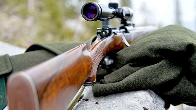 Jäger stürzt auf Pirsch 150 Meter in den Tod (Bild: APA/BARBARA GINDL (Symbolbild))