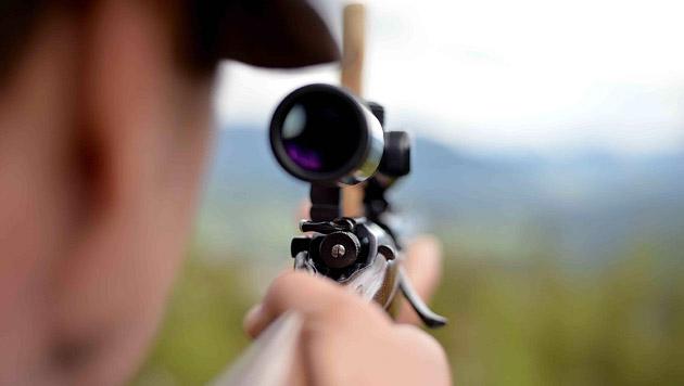 Jagddrama in NÖ: 33-Jähriger als Unglücksschütze (Bild: APA/BARBARA GINDL (Symbolbild))