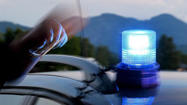 Nach Unfall schob Bursche die Schuld auf Autodiebe (Bild: APA/BARBARA GINDL (Symbolbild))