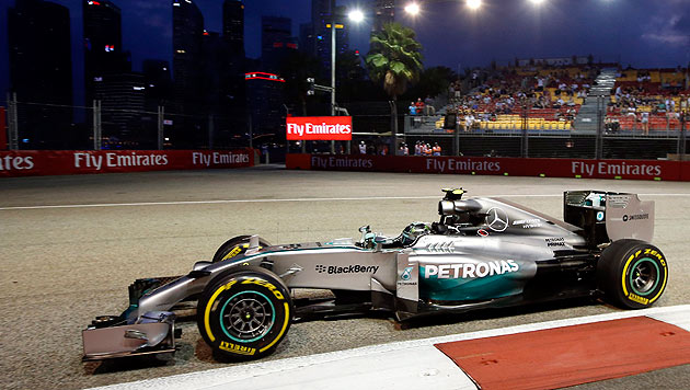 Lewis Hamilton (Bild: APA/EPA/RUNGROJ YONGRIT)