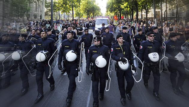 In Wien zweimal mehr Demos als in Berlin (Bild: APA/HERBERT P. OCZERET)