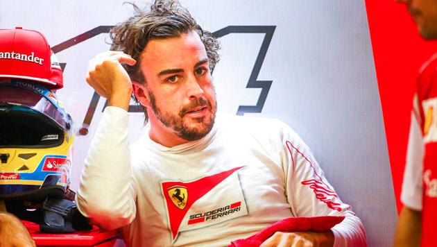 Fernando Alonso möchte Ferrari verlassen (Bild: APA/EPA/DIEGO AZUBEL)