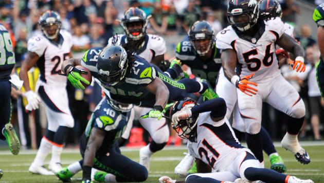 Seattle Seahawks gewinnen Super-Bowl-Neuauflage (Bild: AP/John Froschauer)