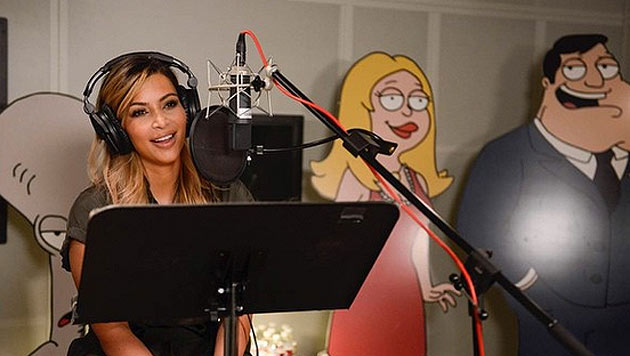 Kim Kardashian bei der Synchronisation im Tonstudio. (Bild: instagram.com/kimkardashian)