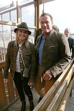 Arnold Schwarzenegger mit Freundin Heather Milligan am Oktoberfest 2014. (Bild: Splash)