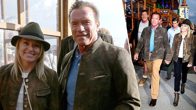 Hand in Hand zeigten sich Arnold Schwarzenegger und Heather Milligan auf der Wiesn. (Bild: Splash)