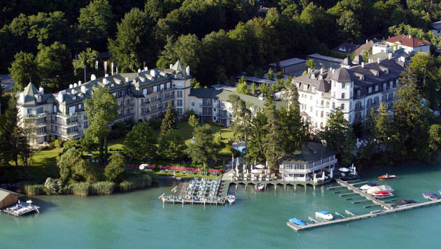 Der Tagungsort: Das luxuriöse Hotel Schloss Seefels (Bild: Klaus Kreuzer)