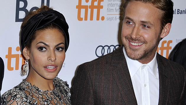 Seit Kurzem sind Eva Mendes und Ryan Gosling Eltern. (Bild: APA/EPA/WARREN TODA)