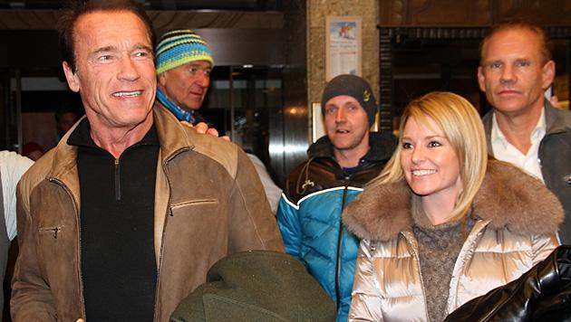 """Schon im Jänner checkte Arnold Schwarzenegger mit Heather beim """"Stanglwirt"""" ein. (Bild: APA/EPA/MARTIN HUBER)"""