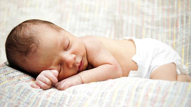 Kaiserschnitt besser für Frühchen und kleine Babys (Bild: thinkstockphotos.de)