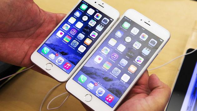 Apple iPhone 6 und iPhone 6 Plus (Bild: APA/EPA/VINCENT JANNINK)