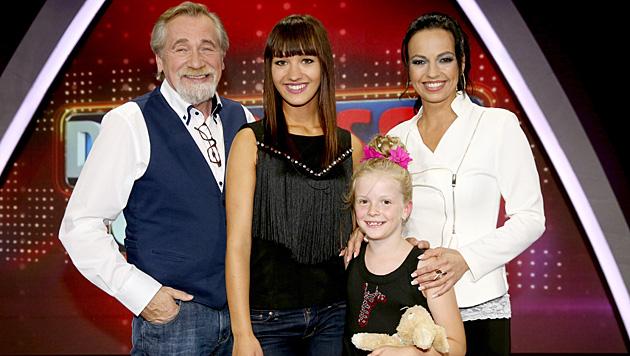 Peter Rapp, Monika Wolfthaler, Chiara Kleo Edl, Petra Frey (Bild: ORF/Milenko Badzic)