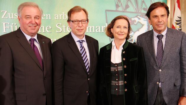 Hermann Schützenhöfer, Christian Buchmann, Bettina Vollath, Franz Voves (v.l.n.r.) (Bild: Christian Jauschowetz)