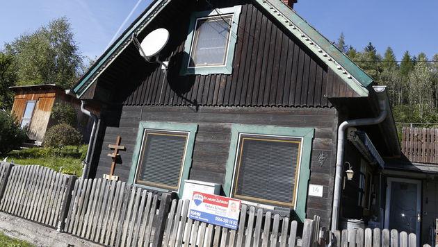 Viele Immobilien stehen in der kleinen Gemeinde nun zum Verkauf. (Bild: Martin A. Jöchl)