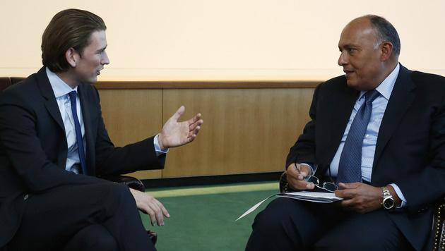 Sebastian Kurz mit dem ägyptischen Außenminister Sameh Shoukry (Bild: APA/BMEIA/DRAGAN TATIC)