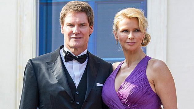 Carsten Maschmeyer und Veronica Ferres haben geheiratet. (Bild: Tobias Hase/EPA/picturedesk.com)